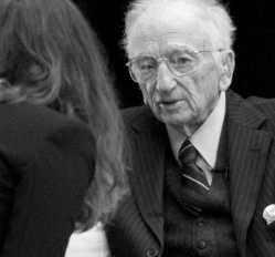 Benjamin Ferencz, en el Congreso de JU de FIBGAR